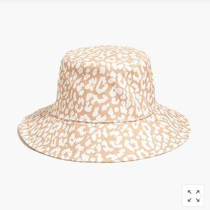 Jcrew bucket hat S/M